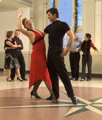 primary-SALSA-with-Doug-McHugh-of-Ballroom-Bliss-1485190859