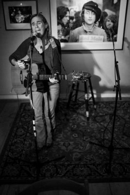 Open Mic Night with Kathleen Healy