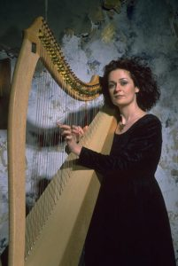 Áine Minogue - Irish Harp