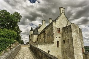 Food & Wines of Chinon France with Chef Joe Ci...