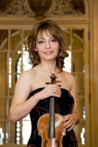 Dazzling Violinist Irina Muresanu Headlines Festiv...