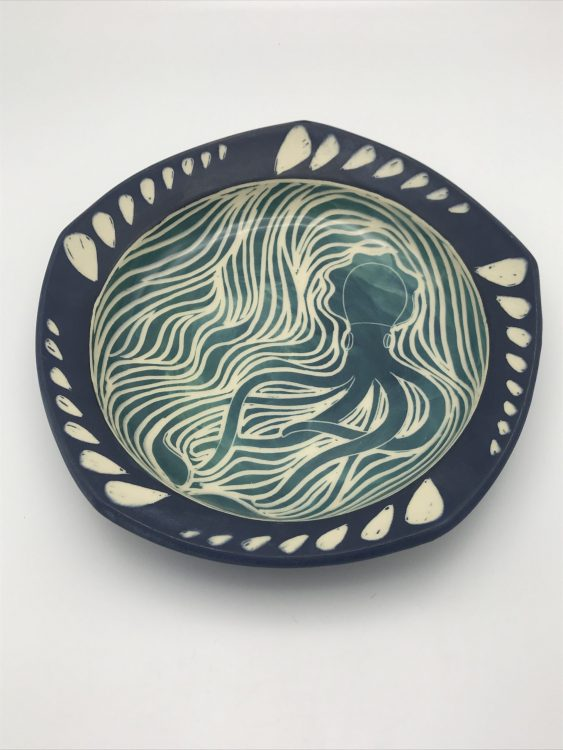 Ceramic Art: Surface Design and Decorating, with S...